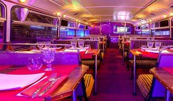 Festa di compleanno sul tram