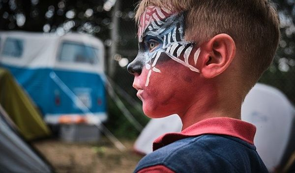 Festa bambini in inverno spiderman face painting