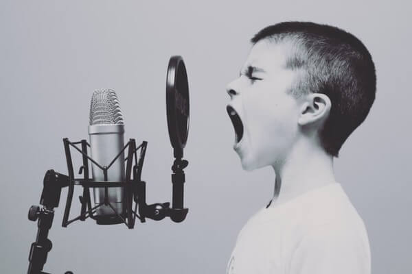 Karaoke per bambini: il nuovo intrattenimento per feste