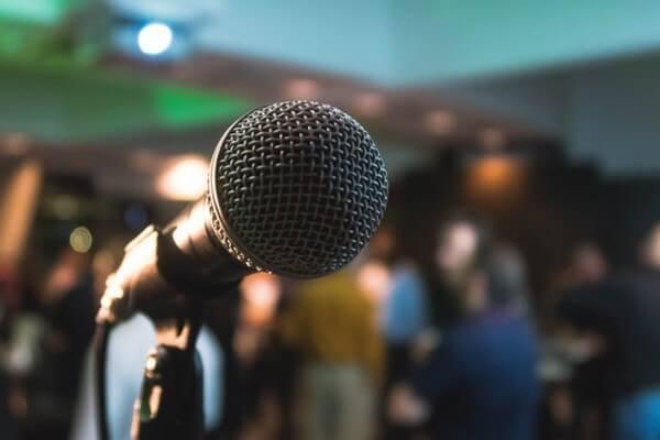 Microfono per karaoke