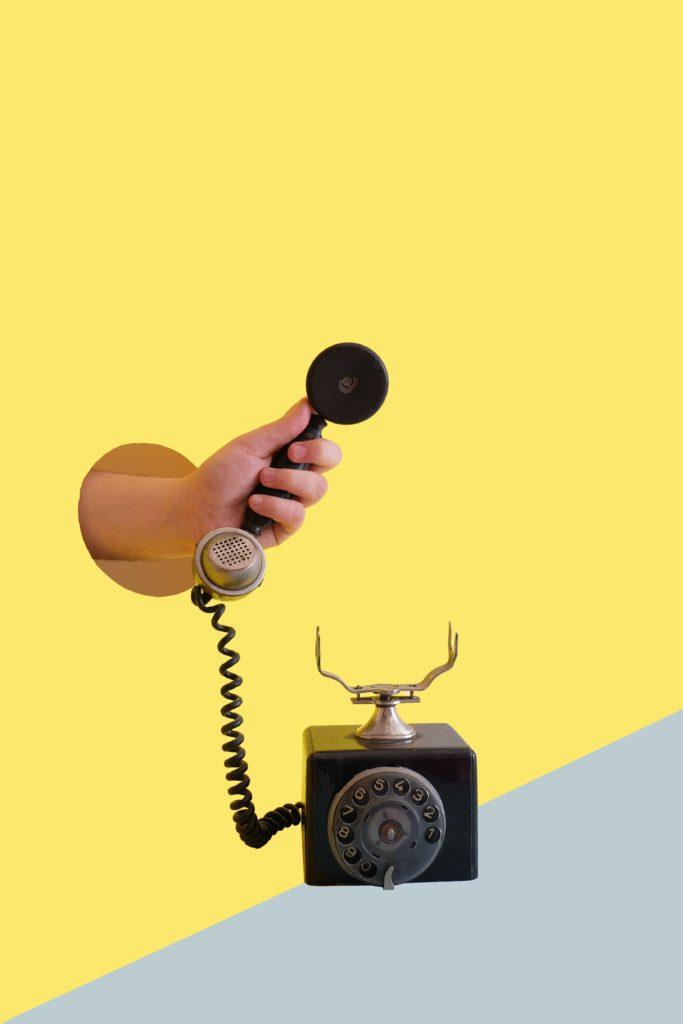 telefono per avvertire cambio look per bambini durante una festa