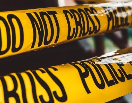 Festa a tema detective: allestimenti e addobbi